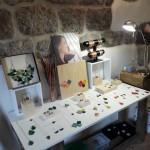 lucie-richard-marqueterie-de-paille-bijoux-pont-de-montvert-3